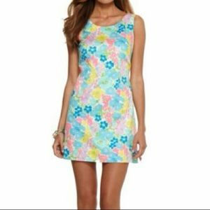 Lilly Pulitzer 'Delia' shift dress in Spring Fling
